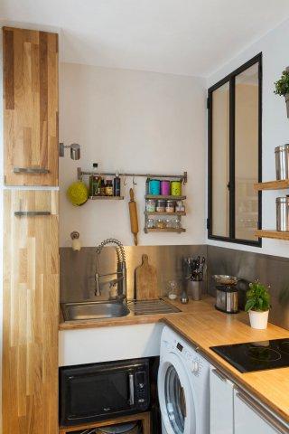 with fenetre bandeau cuisine. Black Bedroom Furniture Sets. Home Design Ideas