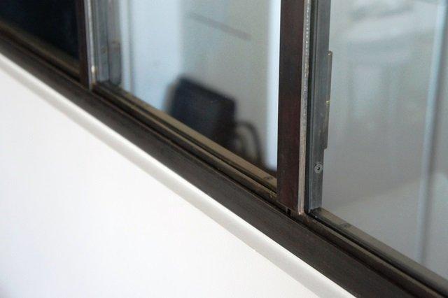Verri re et cloison atelier d 39 artiste couleur acier for Fabriquer porte verriere