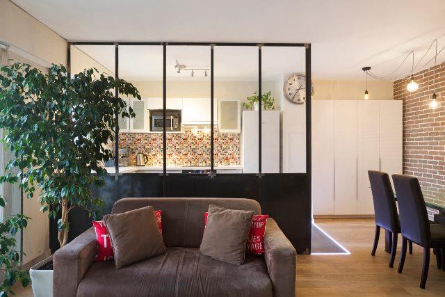 Très Verrière et cloison atelier d'artiste pour une cuisine ou une hotte VE62