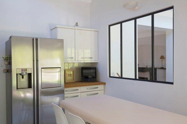 Verri re et cloison atelier d 39 artiste pour une cuisine ou for Cloison vitree pour salle de bain