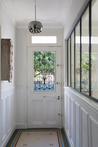 Créer une verrière pour une entrée de maison ou un couloir d ...