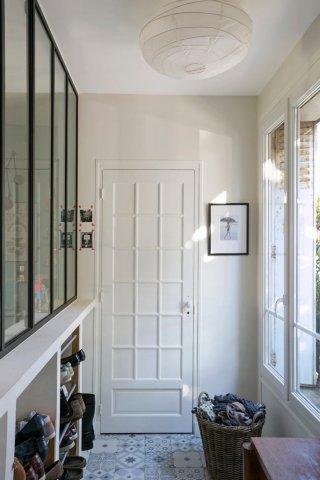 créer une verrière pour une entrée de maison ou un couloir d'appartement